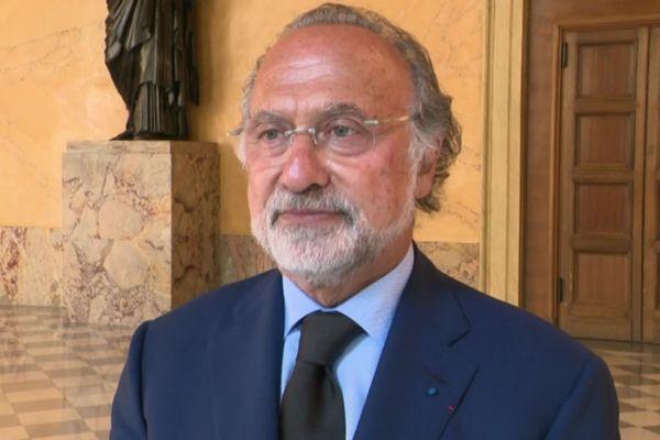 Olivier Dassault était député de l'Oise depuis 2002. Il est décédé dans un accident d'hélicoptère le 7 mars 2021.