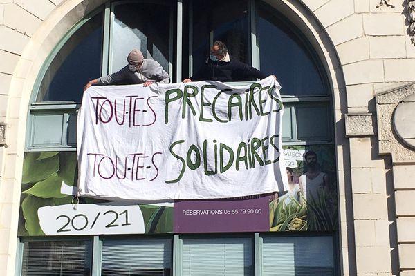 Depuis le 11 mars dernier, le théâtre de l'Union de Limoges est occupé par un collectif d'intermittents et de précaires