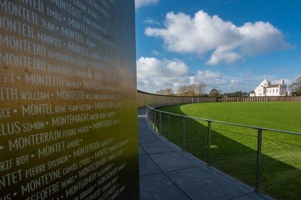 L'anneau de mémoire et ses 579.606 noms de soldats tombés sur les champs de bataille du Nord Pas-de-Calais pendant la Première Guerre mondiale sera inauguré mardi 11 novembre par le Président de la République