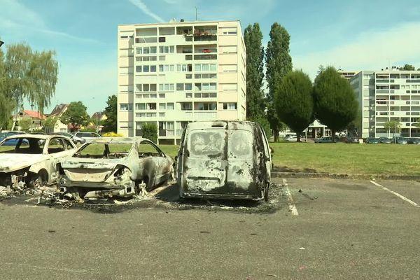 Des voitures incendiées la nuit du 14 juillet dans plusieurs quartiers du pays de Montbéliard.