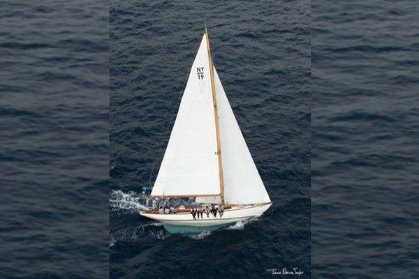"""Le voilier """"Sirius"""" lors de Régates royales de Cannes."""