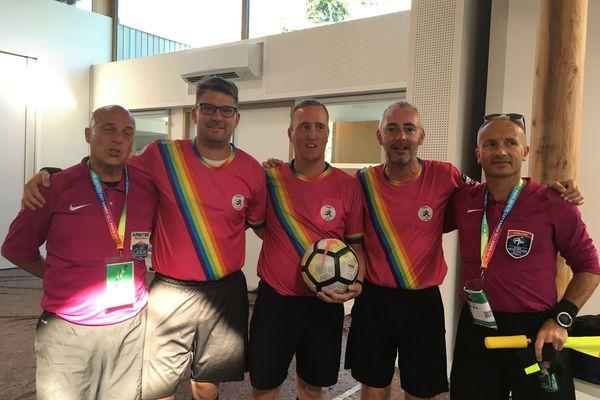 Les arbitres de la Fédération Française de Football et ceux de l'International Gay et Lesbiennes Football Association