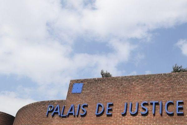 Le tribunal de Bobigny a jugé plusieurs personnes accusées d'être impliquées dans des violences contre des membres de la communauté rom.