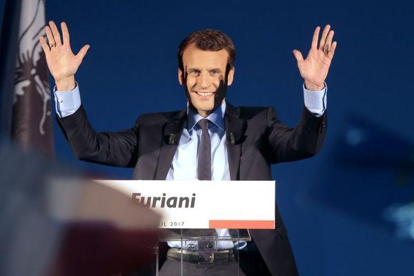 07/04/2017 - Emmanuel Macron, candidat d'En Marche!, lors d'une réunion publique à Furiani (Haute-Corse)