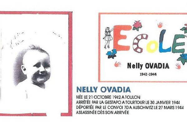 Carton de présentation de la cérémonie sur lequel on peut voir une photographie de l'enfant.