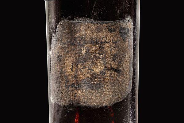 La vente aux enchères de Sotheby's le 28 mai 2020 montre une bouteille de Cognac Gautier 1762 qui s'est vendue à 118 580 livres (131.000 euros).
