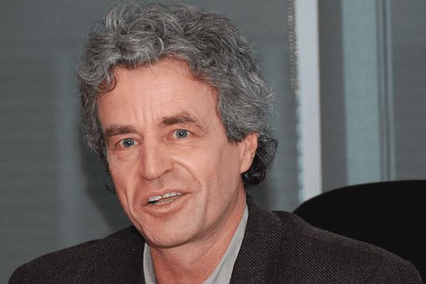Michel Loreau Directeur du centre de Théorie et modélisation de la biodiversité au CNRS