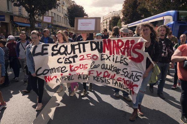Des Caennais mobilisés pour défendre les habitants du squat du Marais.