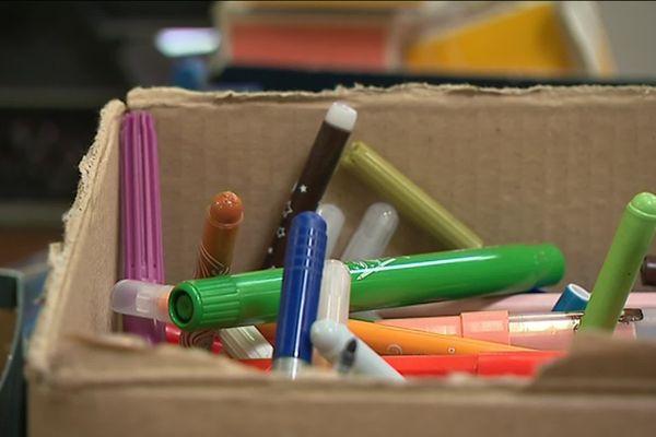 L'Unicef appelle aux dons de feutres, cahiers, feuilles, peinture... mais aussi des puzzles et des cahiers de coloriage