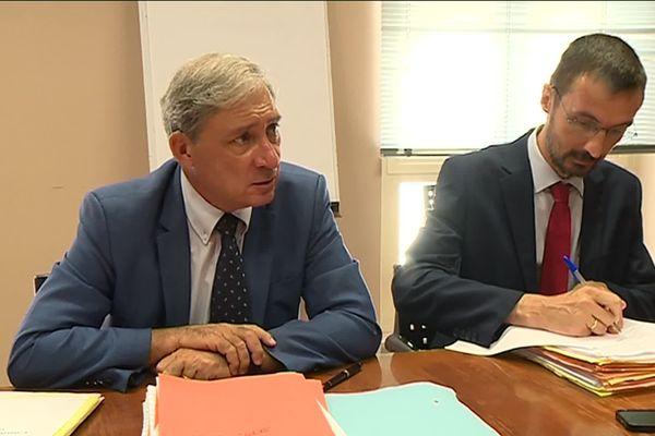 Selon le procureur de Nice, Jean-Michel Prêtre, l'enquête sur le volet sécurité de l'attentat de Nice prendra encore 6 mois.