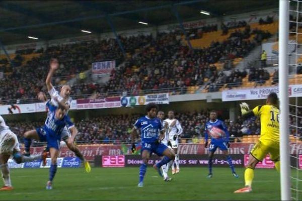 Le RC Lens battu à Troyes.