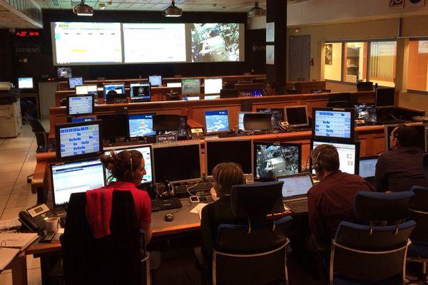 L'expérience Mares est suivie en temps réel au CNES de Toulouse.