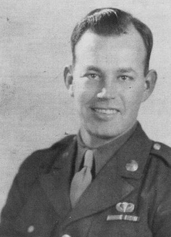 John Steele était para dans la 82 e airborne