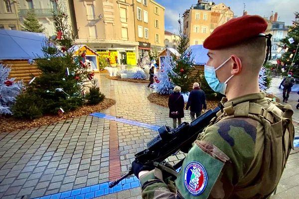 Le préfet est venu à la rencontre des militaires de l'opération Sentinelle ce mercredi 9 décembre 2020.