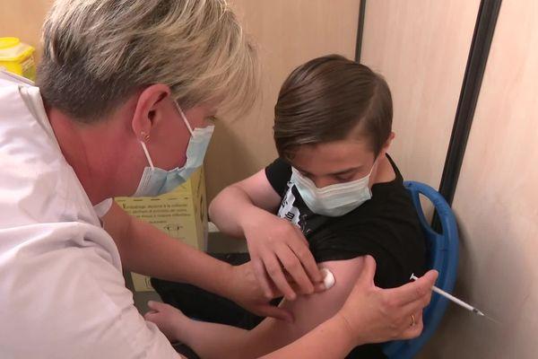Seulement 3,4% des 12-17 sont complètement vaccinés dans les Hauts-de-France