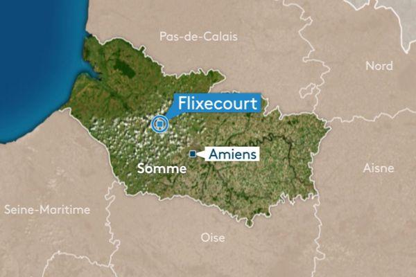 Mardi 20 novembre, des gilets jaunes ont signalé la présence de migrants cachés dans un camion-citerne. Le véhicule était bloqué par un barrage filtrant à Flixecourt.