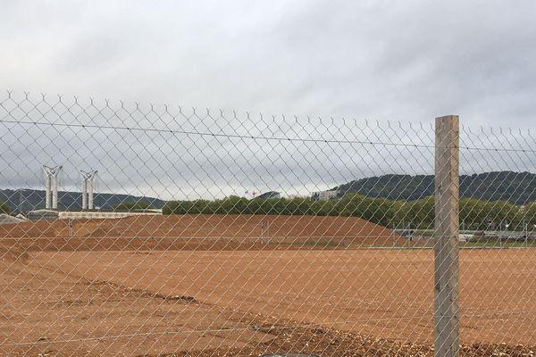 Sur les bords de Seine, les remblais sont prêts pour bâtir l'éco-quartier de 90 hectares près de l'usine Lubrizol