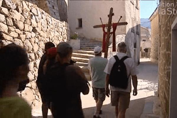 09/06/14 - Procession d'Olmeto pour ce lundi de Pentecôte