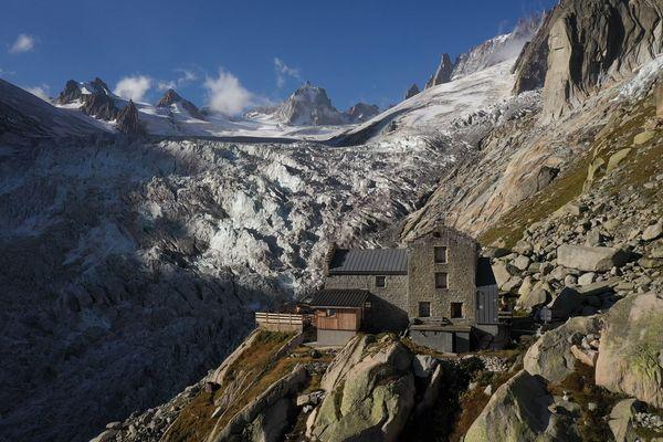 Le refuge du Requin, dans le massif du Mont-Blanc.