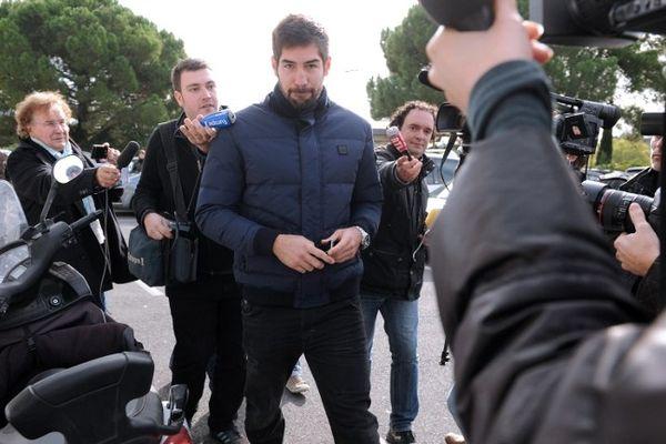 Montpellier : Nikola Karabatic arrive au MAHB pour son entretien - 30 octobre 2012.