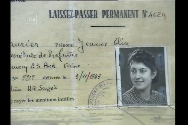 Le laissez-passer de Jeanne Brousse durant la guerre.