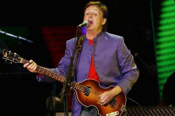 Paul Mc Cartney en concert en 2003