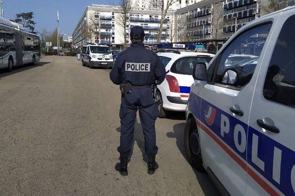 Contrôle de police à Nantes, le 23 mars 2020