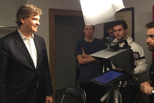 Arnaud Montebourg rencontre les entrepreneurs des start-ups toulousaines dans leurs bureaux At Home