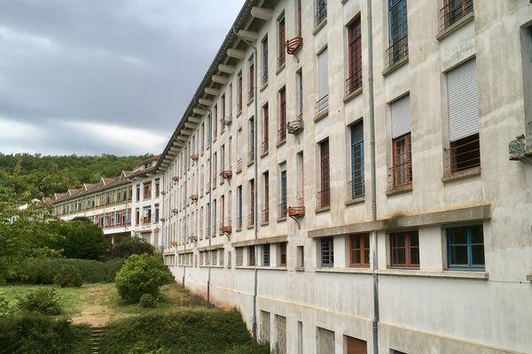 Le bâtiment mesure 250 mètres de long