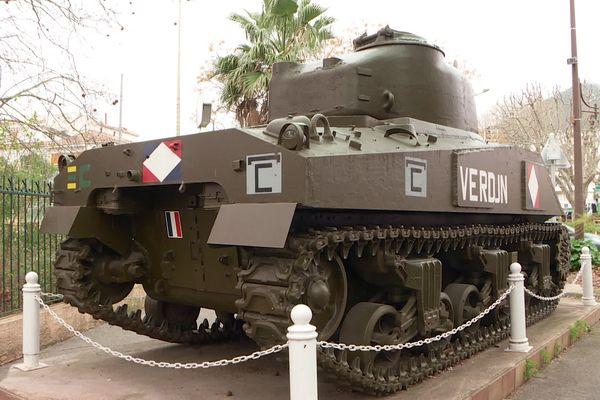 Le char Verdun de la Valette symbolise la libération de la ville