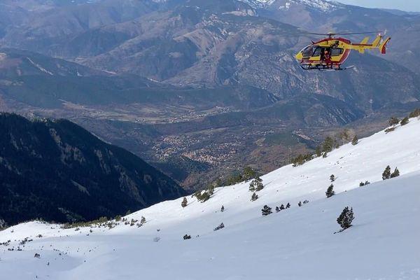 Deux alpinistes en détresse, coincés dans le massif du Canigou, ont été sauvés vendredi par le dragon 66 et les CRS Montagne.