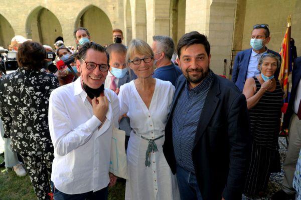 Passage de relais entre Olivier Py et Tiago Rodrigues à la direction du festival d'Avignon, aux côtés de Françoise Nyssen la présidente.