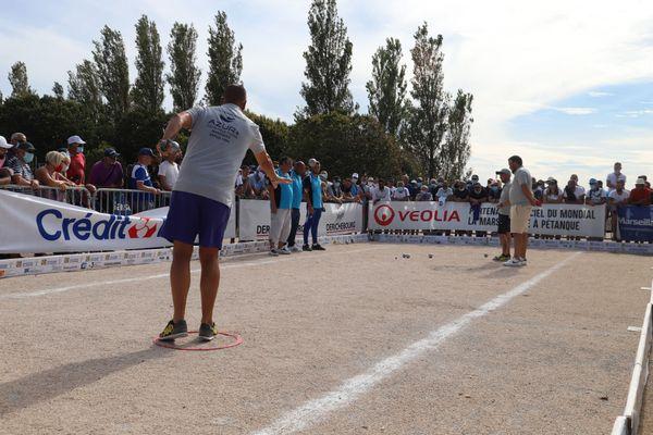 Jean-Michel Puccinelli s'offre une victoire de prestige en 8e de finale.