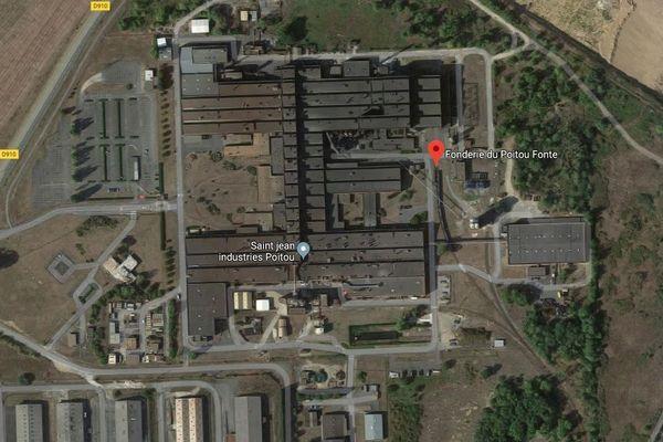 Le site industriel des Fonderies du Poitou à Ingrandes-sur-Vienne. Lors que la Fonderie du Poitou Fonte sera placée en redressement judiciaire, les deux entreprises pourront être reprises conjointement.