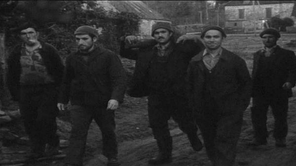 Ouvriers forestiers turcs dans les environs de Bourganeuf dans les années 60