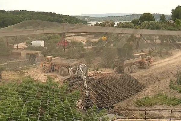 Une volière de plus de 15.000 m² est en construction à Sigean, dans l'Aude - 28 mai 2018.