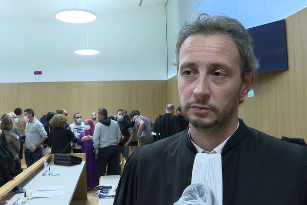 """Maître Guillaume Traynard - avocat de SOS Racisme - décrit une décision de justice """"historique""""."""