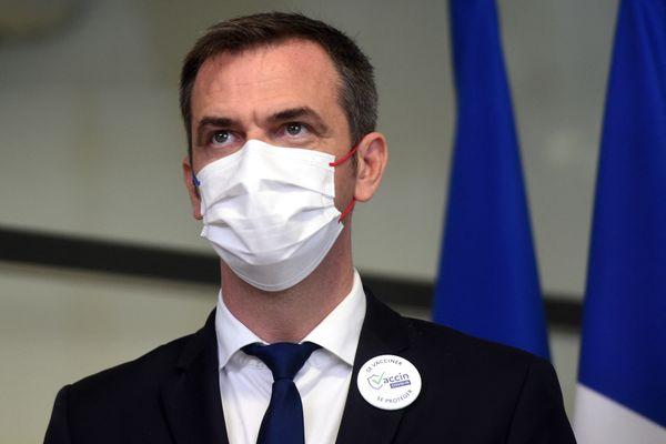 Olivier Véran, ministre de la Santé et des Solidarités en déplacement dans les Alpes. (Illustration)