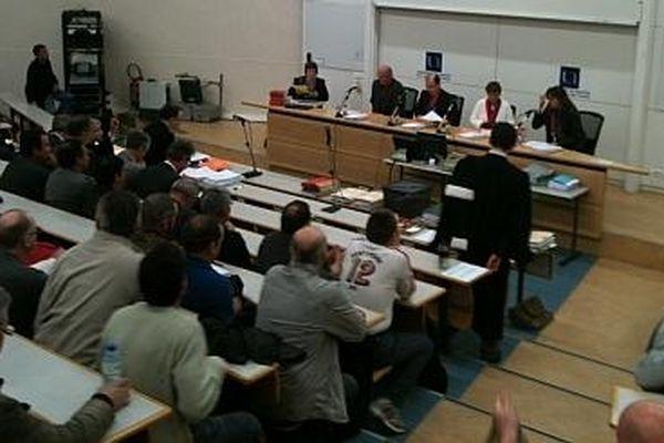 Les salariés de SKF aux Prud'hommes en avril 2012