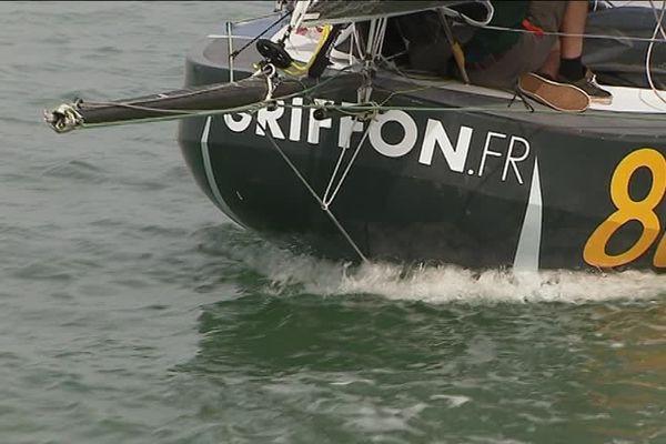 L'étrave arrondie de Griffon, le bateau de Ian Lipinski pour la mini-Transat 2017.