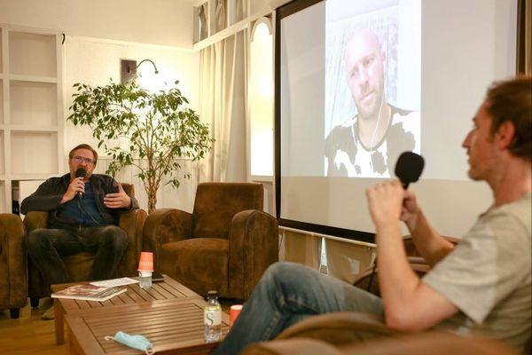 Rencontre avec Florent Ruppert (en visio) & Jérôme Mulot autour du Portrait d'un buveur, animée par Vincent Bernière, Les Cahiers de la BD.