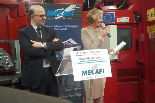 Pierre Moscovici, ministre de l'Economie et Nicole Bricq, ministre du Commerce extérieur, en visite dans une entreprise de Châtellerault