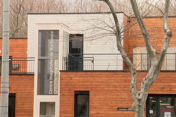 Le pavillon Saint-Paul, construit en urgence sur le parking de l'hôpital narbonnais, ne suffit plus pour accueillir les patients Covid.