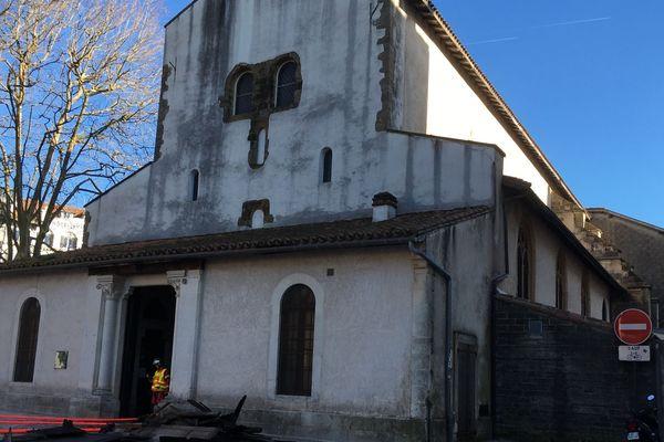 Un incendie s'est déclaré dans l'église Saint-Esprit à Bayonne