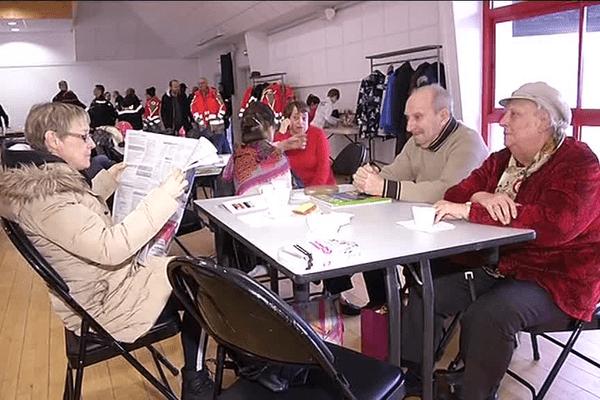 L'attente des habitants de Larmor-Plage (56), évacués lors du désamorçage d'une bombe