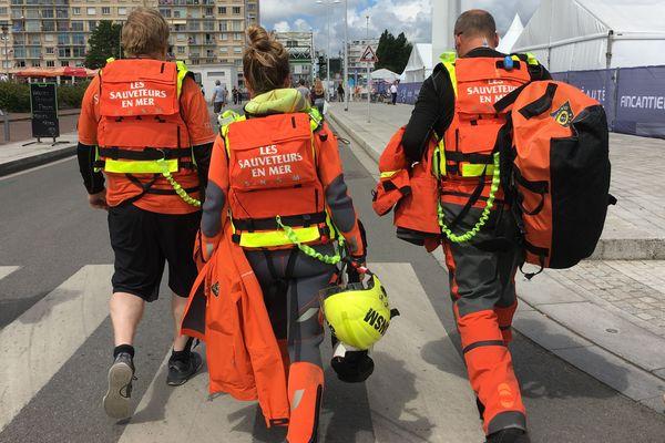 Les bénévoles de la SNSM sont partout où se déroulent des manifestations en lien avec la mer, comme ici lors de The Bridge à Saint-Nazaire