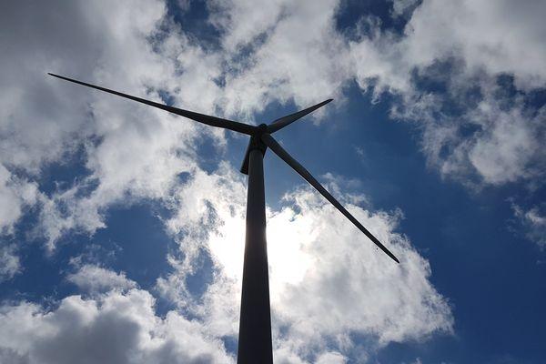 Une éolienne du parc d'Ally (43)