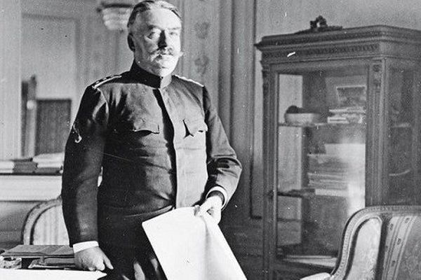 Centenaire 14-18 : le général Ulrich Wille, un commandant progermanique, qui voulait que la Suisse entre en guerre aux côtés des Allemands