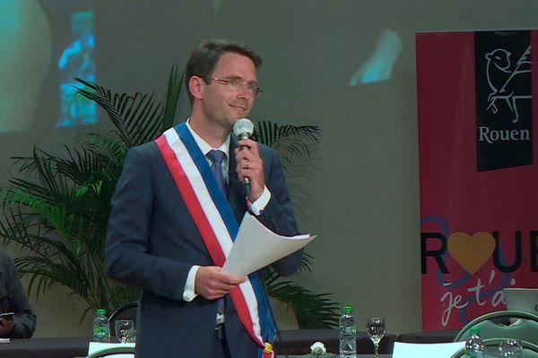 Le premier discours du nouveau maire de Rouen, Nicolas Mayer-Rossignol