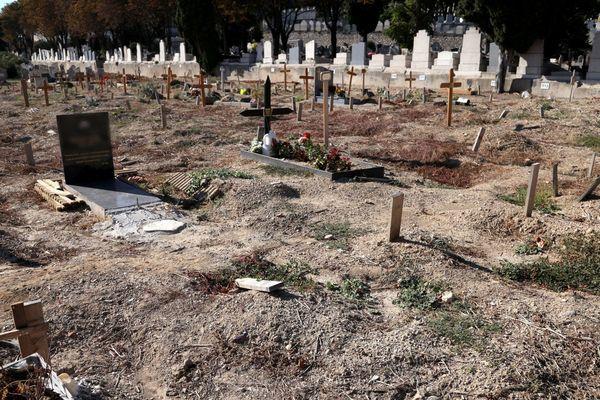 Illustration - Le carré des indigents, cimetière Saint-Pierre à Marseille.